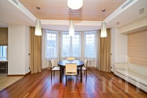Элитная квартира в Москве по адресу: 1-ый Неопалимовский пер. дом 8  от агентства элитной недвижимости Finch