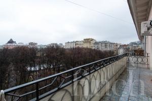 Элитная квартира в Москве по адресу: Малая Бронная ул., дом 31/13 от агентства элитной недвижимости Finch