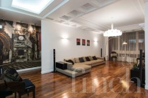 Элитная квартира в Москве по адресу: Усачева ул., дом  2  от агентства элитной недвижимости Finch