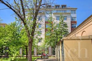 Элитная квартира в Москве по адресу: 1-й Зачатьевский переулок, дом 6 стр 1 от агентства элитной недвижимости Finch